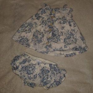 Ralph Lauren baby girl's set size 6M EUC